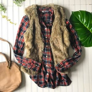 Old navy plaid red blue button top shirt